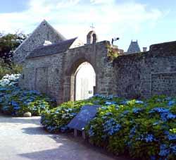 Decouvrir montfarville dans le cotentin en normandie a for Les jardins du ciel version anglaise